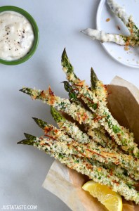 baked-asparagus-fries-with-garlic-aioli-recipe-copy