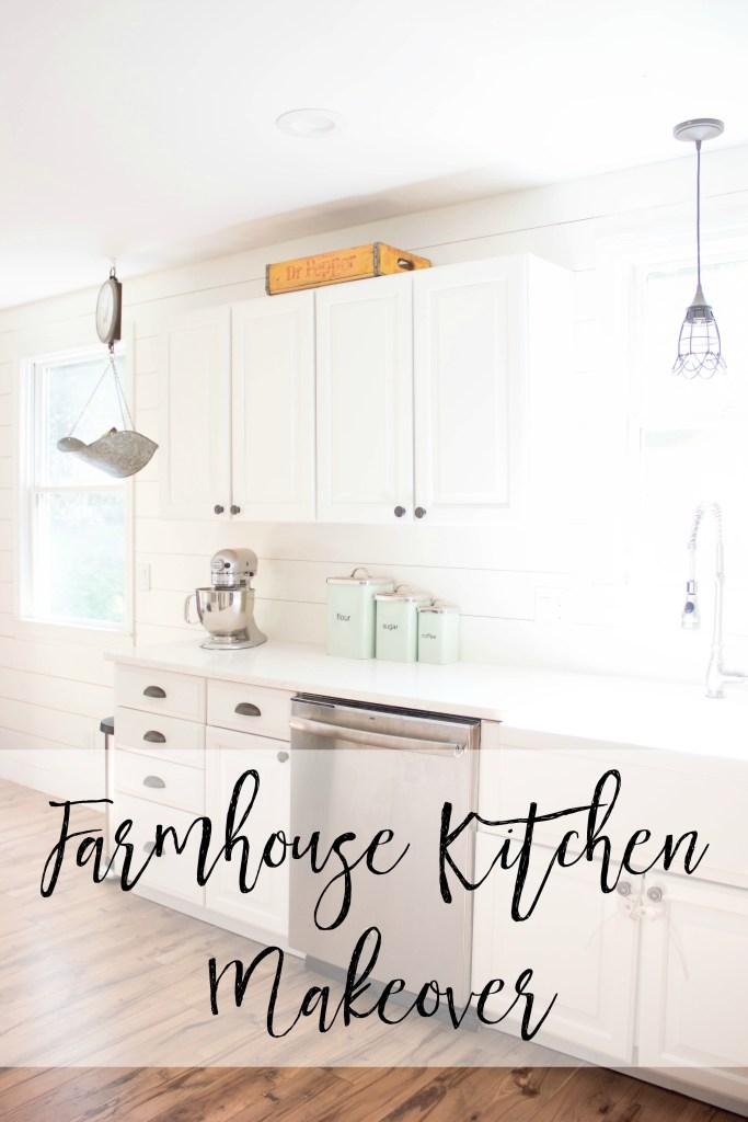 Bookmark this! A fabulous farmhouse kitchen makeover!