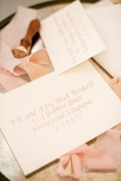 gold-modern-calligraphy-envelope-1