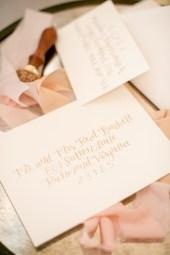 gold-modern-calligraphy-envelope-1