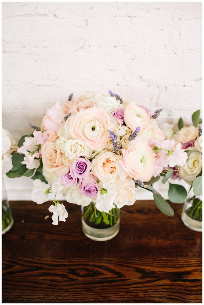 pink-lavender-bouquet-ranunculus-hydrangea