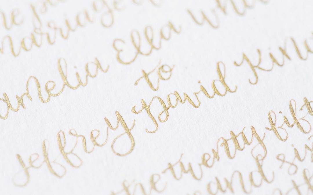 What is the difference between copperplate and modern calligraphy?