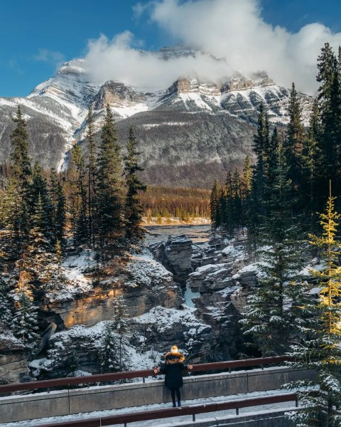 Athabasca Falls, Jasper, view of Mount Kerkeslin sunset