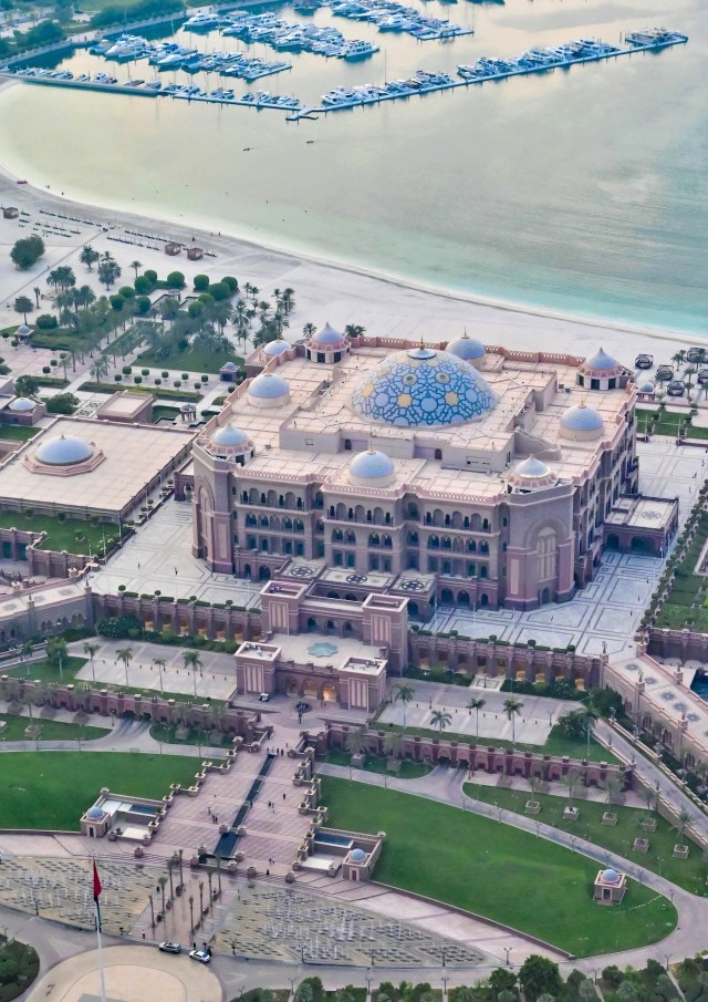 View of Emirates Palace from observation deck of Conrad Abu Dhabi Etihad Towers