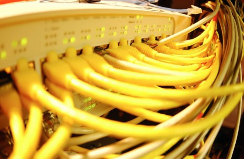 Yel_cables