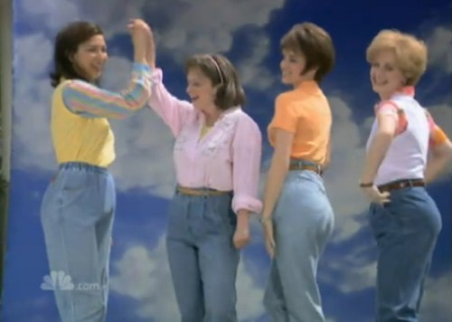 4477ce4805caebbd_mom-jeans