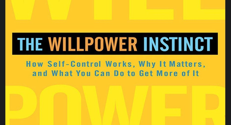 comment ameliorer sa volonte willpower instinct kelly mc konigal livre synthese