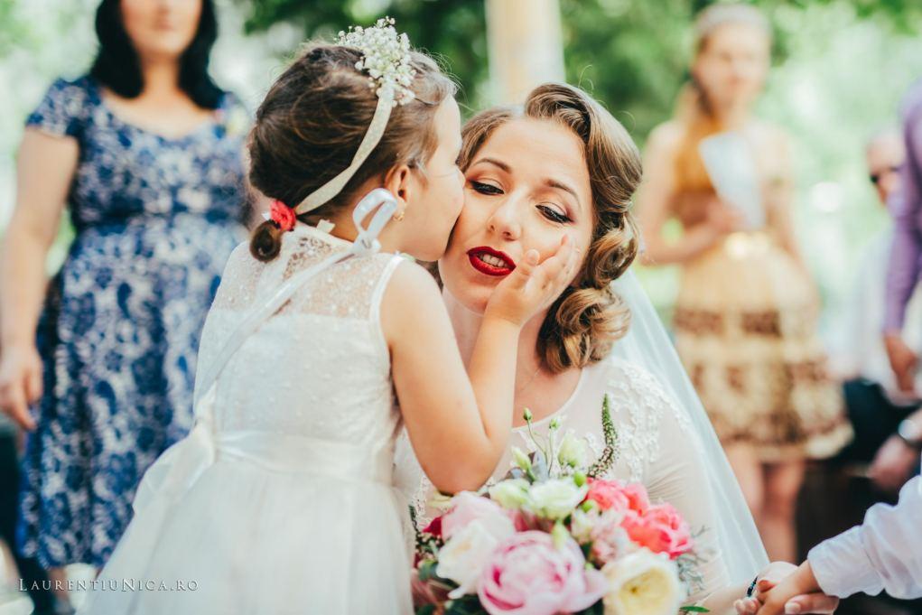 Nico_si_adi_fotografii_nunta_Craiova_foto_laurentiu_nica_12