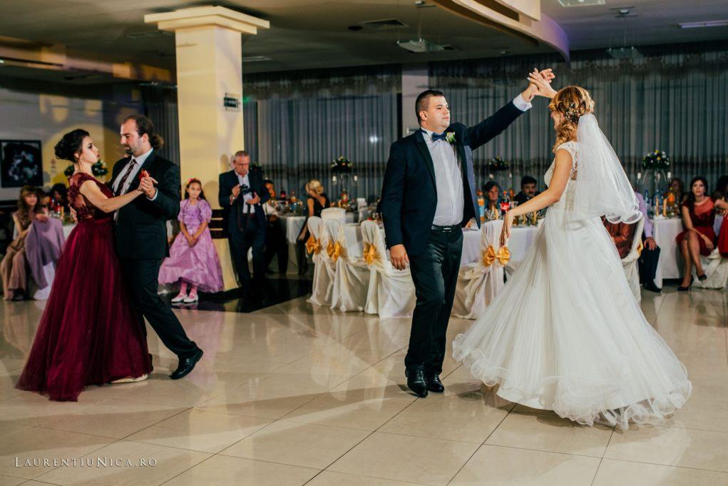 iulia-si-cosmin-fotografii-nunta-orsova-laurentiu-nica59