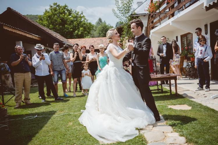 luiza-cosmin-valcea-fotograf-nunta-craiova-laurentiu-nica-22
