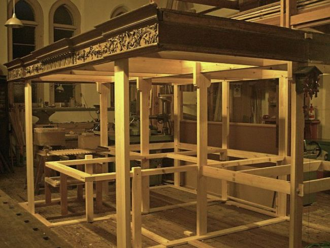George England organ case restored by Laurent Robert Woodcarver, frieze and building frame