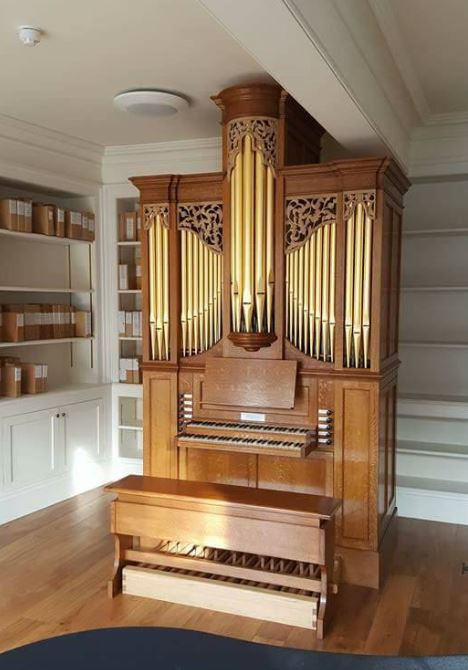 Westminster Abbey Song school, practice organ in room, Laurent Robert woodcarving