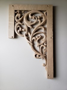 pipe shade carved in oak by Laurent Robert Woodcarver,3