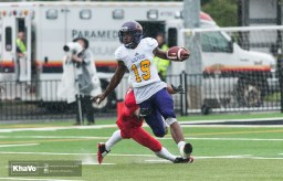 20160917-kha-vo-laurier-mfoot-vs-carleton_-151