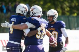 20161014-kha-vo-mfoot-laurier-vs-guelph_-327