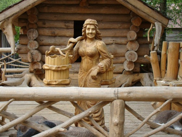 Creative Wooden Artworks and Sculptures16