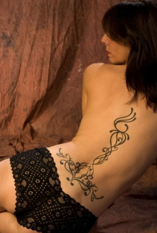 Hot Back Tattoos for Women1 (17)
