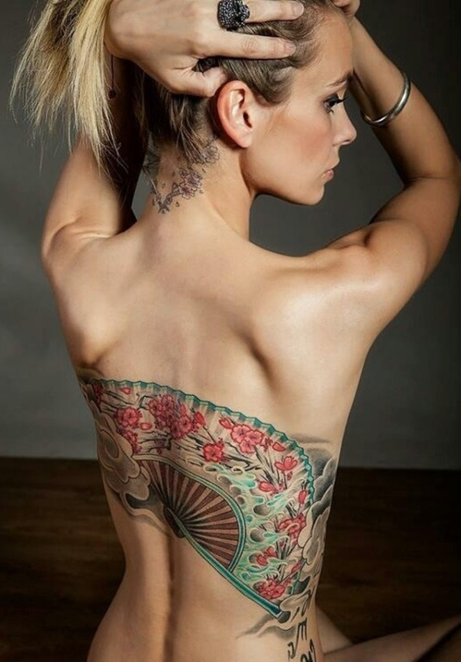 Hot Back Tattoos for Women1 (6)