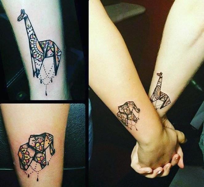 wrist girls tattoo designs1.15