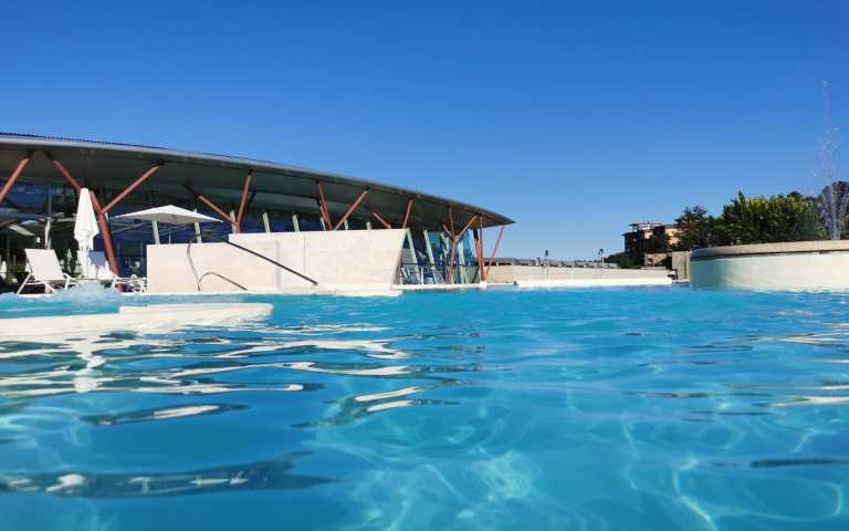 piscine theia esterno 2