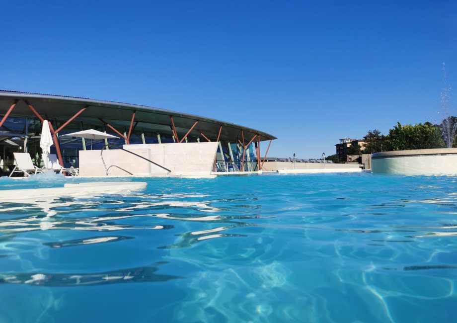 piscine theia esterno 2