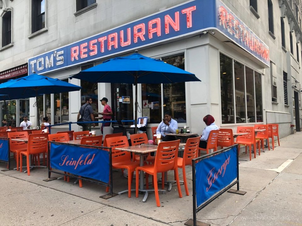 dove mangiare a new york tom's restaurant