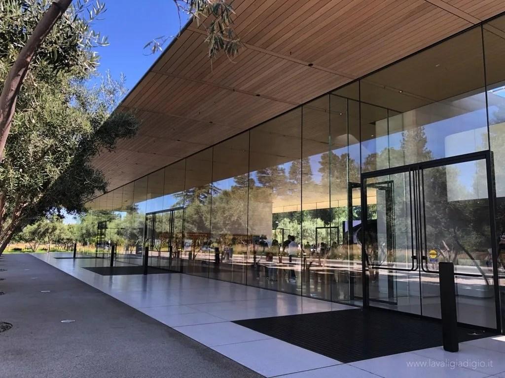 Apple Park visitor center - ingresso