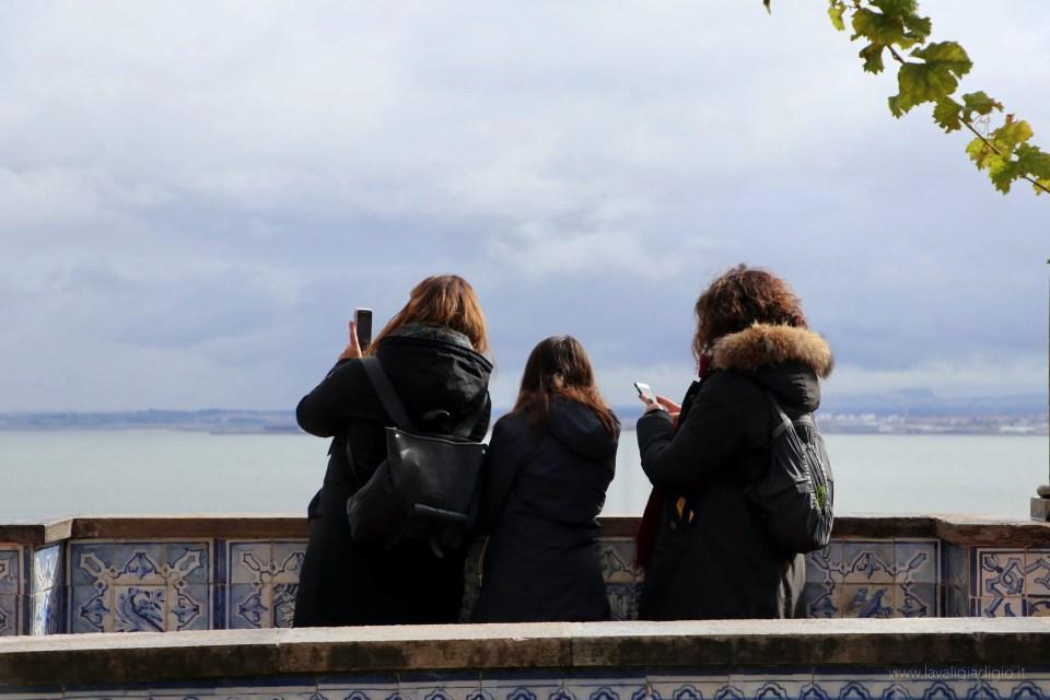 Lisbona dall'alto - miradouro santa luzia