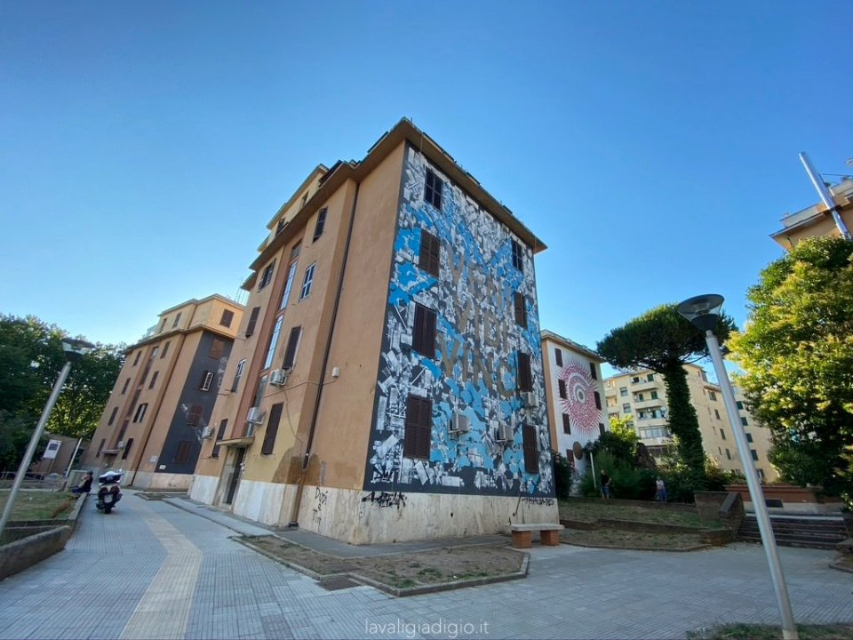 murales di Tor marancia veni vidi vinci alme sol invictus