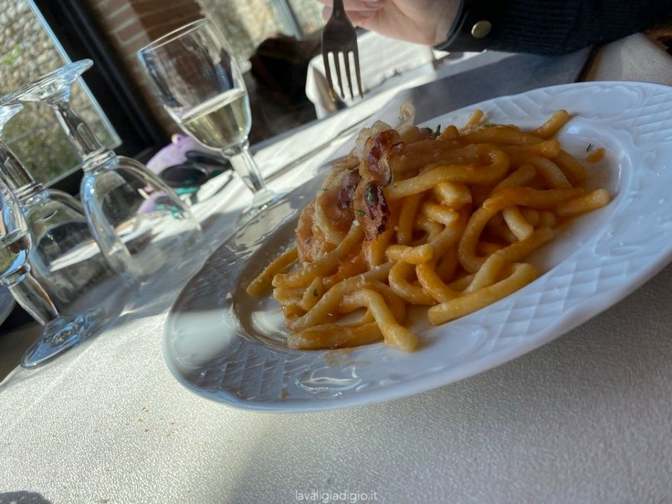 dove mangiare a tolfa - ristorante l'edera