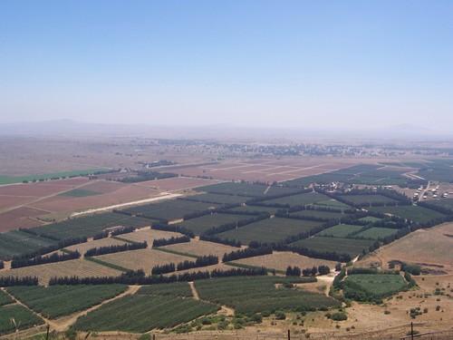 Golan_heights_border.jpg