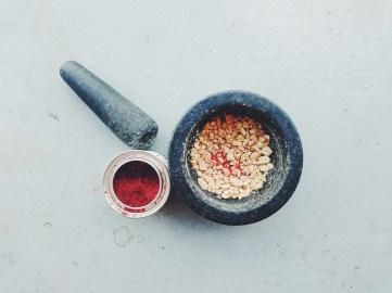 J'utilise le piment coréen de la marque Épices de cru (de Philippe de Vienne). Vous pouvez en trouver à leur boutique du Marché Jean-Talon, ou encore dans certaines boutiques spécialisées.
