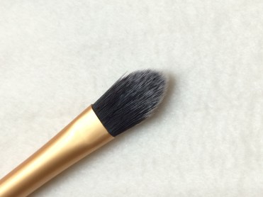 Pointed Foundation Brush 2
