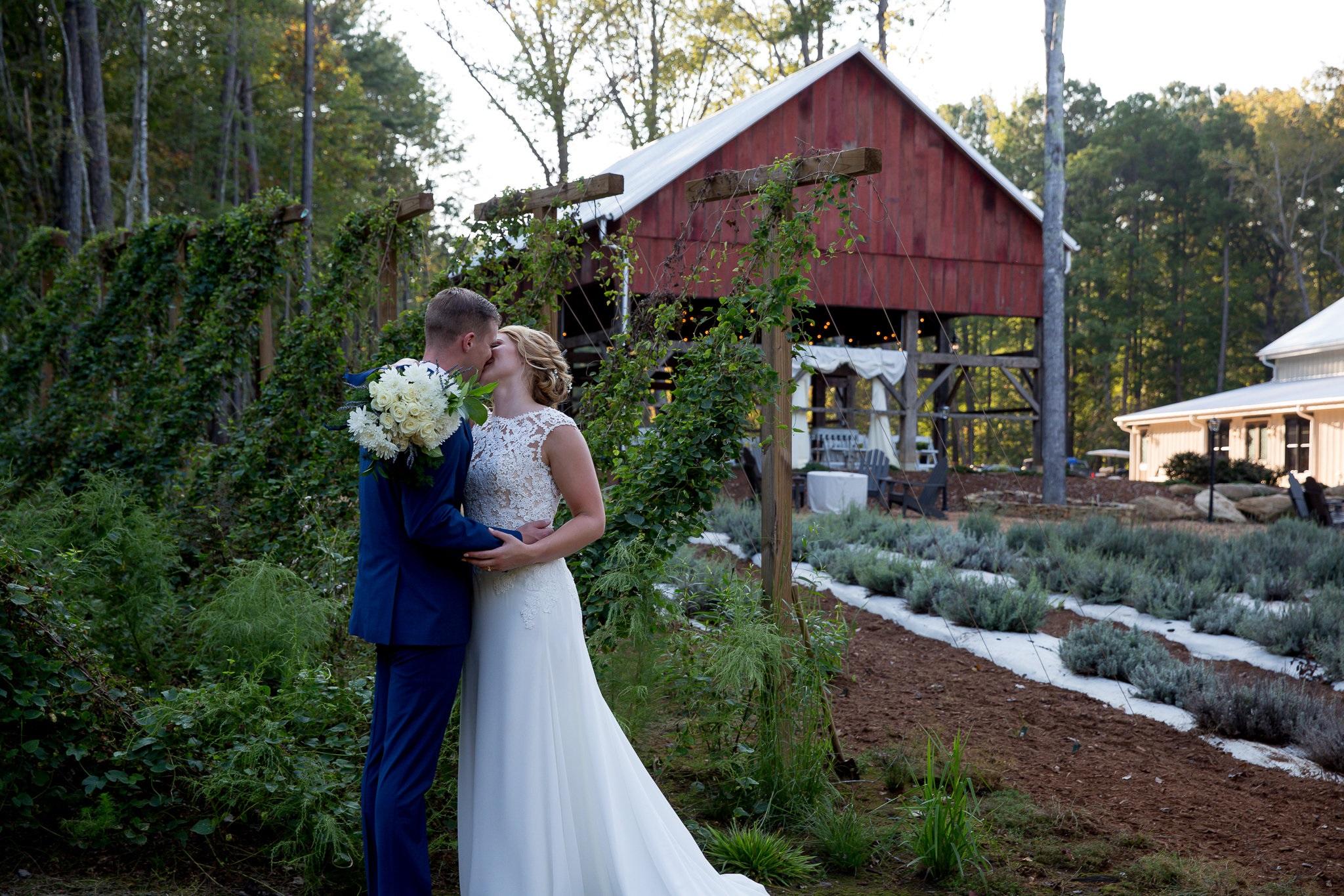 LAVENDER OAKS FARM Chapel Hill NC LAVENDER FARM