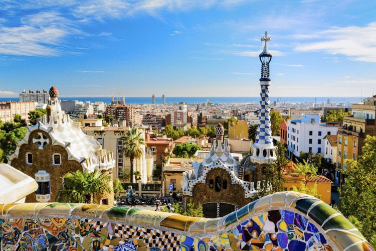Park Güell - Antoni Gaudi Guide to Barcelona