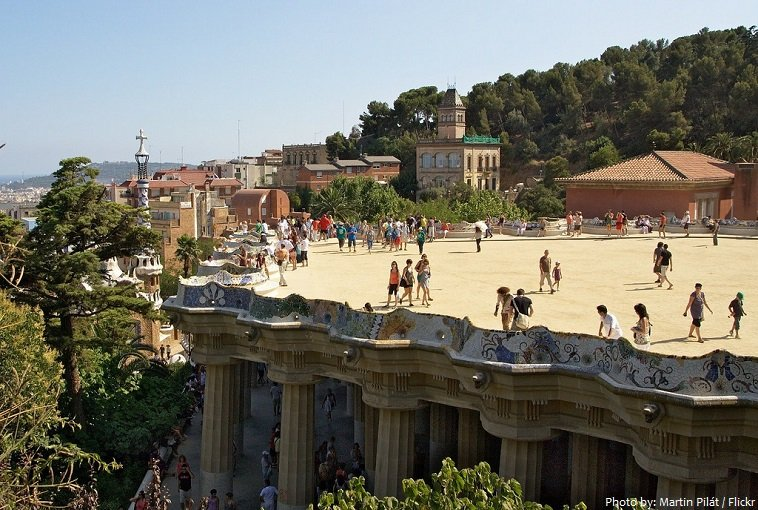 The Main Terrace - The Ultimate Guide to Antoni Gaudi's Park Guell