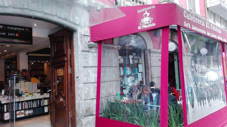 Cafebrería El Péndulo - La Roma, Mexico City