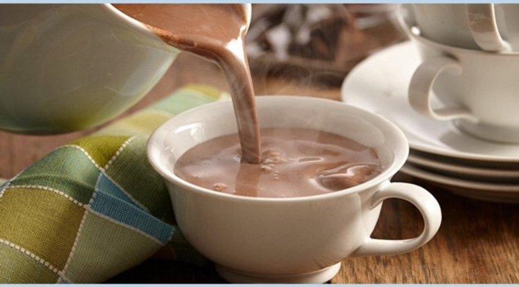 Champurrado (Atole de Cocoa) - Non-Alcoholic Mexican Drinks