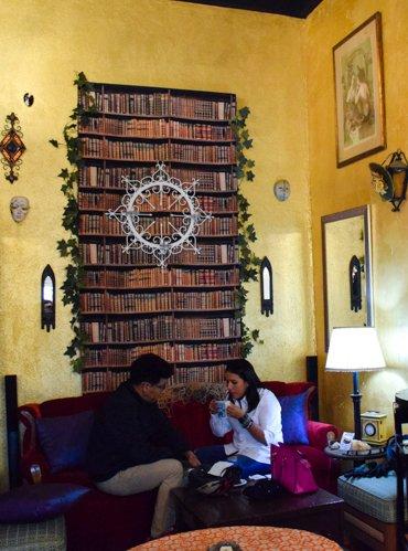 Tijuana, Mexico Hipster Scene, Kafe Mua
