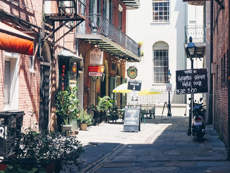 Ghost Tour - Pirate's Alley - The French Quarter - Visiting New Orleans