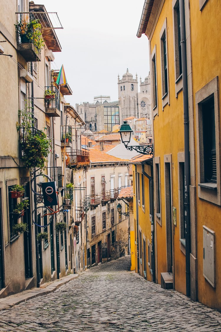 Narrow streets - Things to do in Porto, Portugal-2