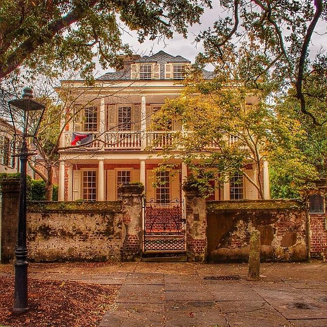 Best Places to Visit in the Fall - Charleston South Carolina