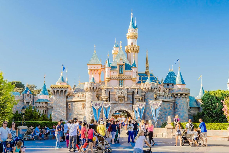 DisneyLand Park reabre este próximo 30 de abril