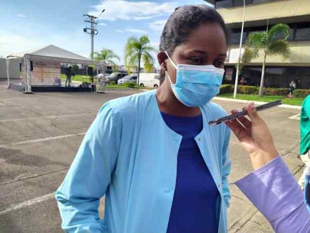 todo un exito jornada medica y de vacunacion organizada por farmadon y la drs laverdaddemonagas.com maria solarte1