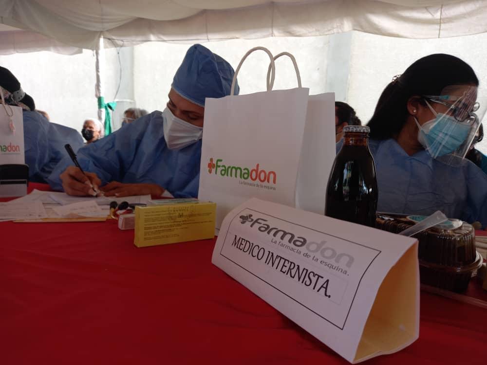 todo un exito jornada medica y de vacunacion organizada por farmadon y la drs laverdaddemonagas.com medicos1