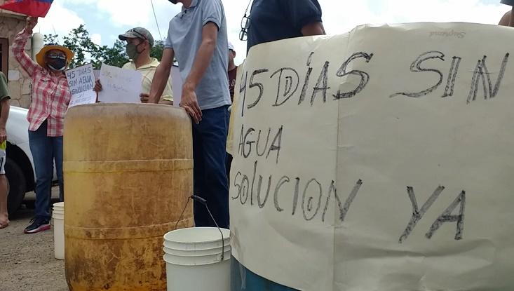 como camellos vecinos de la azcue protestaron por la escasez de agua laverdaddemonagas.com agua 1