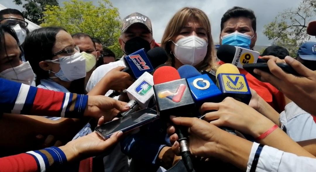 seniat dota con insumos y equipos medicos a hospitales y ambulatorios de monagas laverdaddemonagas.com imagen2 santaella