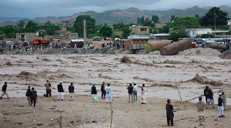 Unas 40 personas murieron y otras 150 están desaparecidas tras inundaciones en Afganistán por repentinas lluvias en la provincia de Nuristán, en el noreste del país, anunciaron las autoridades locales este jueves.