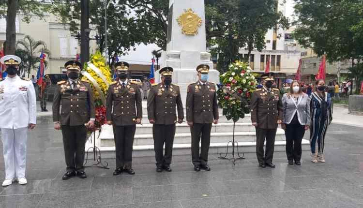 Autoridades Civiles y Militares en la Plaza Bolívar del Municipio Maturín.