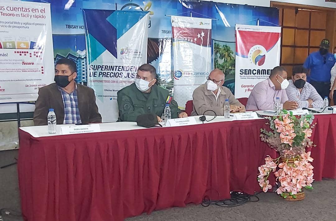 mas de 250 empresarios participaron en foro del plan de estabilizacion economica laverdaddemonagas.com autoridades